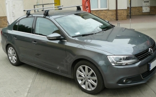 Bagażnik AMC Mont Blanc ALU do VW Jetta 2011->